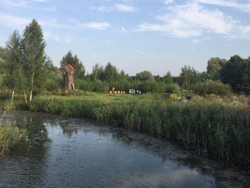 Продам землю(85соток)на берегу Стугны в Хлепче