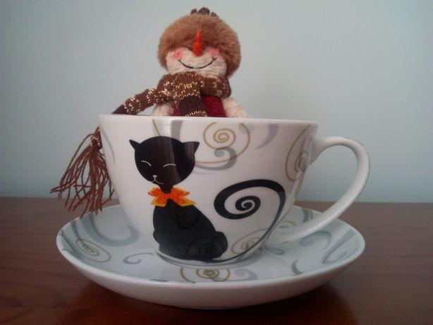 Chávena e pires de café do Espaço Casa