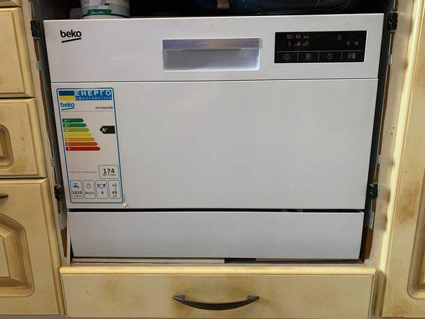 Продам настольную посудомоечную машину Beko DTC36610W