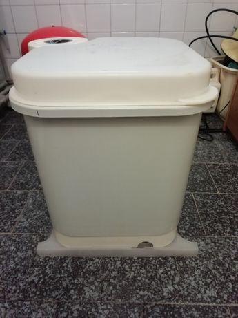 """Продаю стиральную машинку """"ФЕЯ"""" в хорошем рабочем состоянии, б/у"""