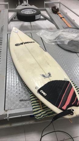 Prancha de surf e fato de surf