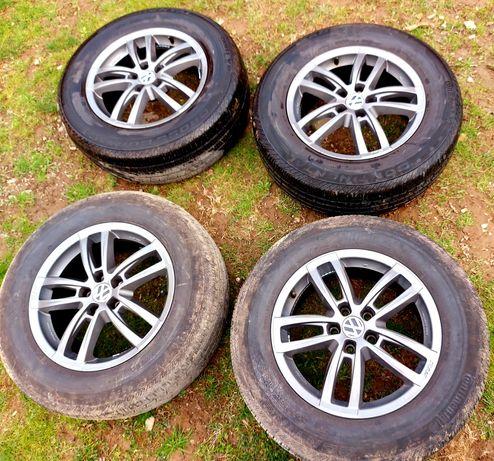 Колеса 235/65R17 шини диски