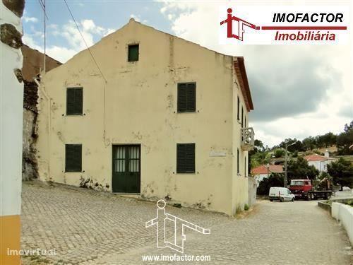 Moradia com Grande Terreno - Fratel - Vila Velha de Ródão