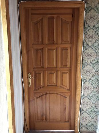 Продаю двери.СРОЧНО!