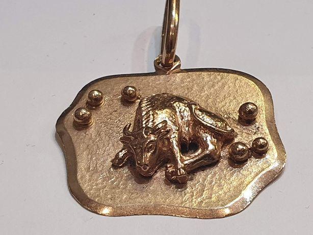 Sprzedam złotą przywieszkę znak zodiaku Byk. Próba 585 14k