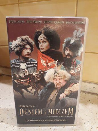 "Kaseta VHS z filmem ""Ogniem i mieczem"""