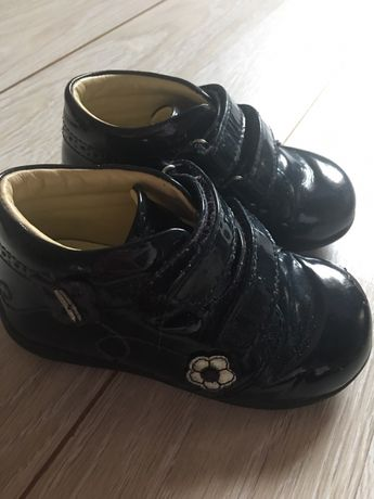 Ботинки сапожки туфли кроссовки Chicco р 4,5, 22, 23