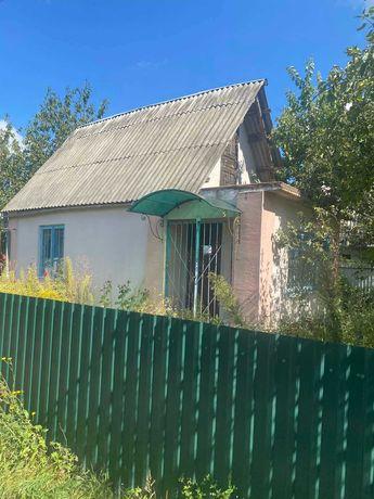 Продаж дачного будинку
