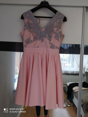 Sukienka r.40