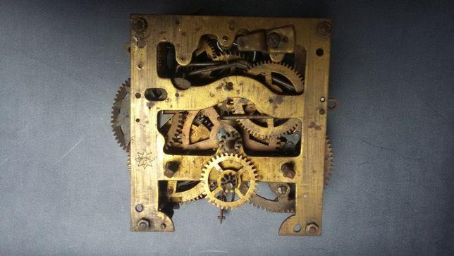 Mechanizm zegara antyk