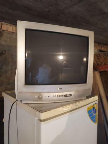 Телевизор Lg.     .