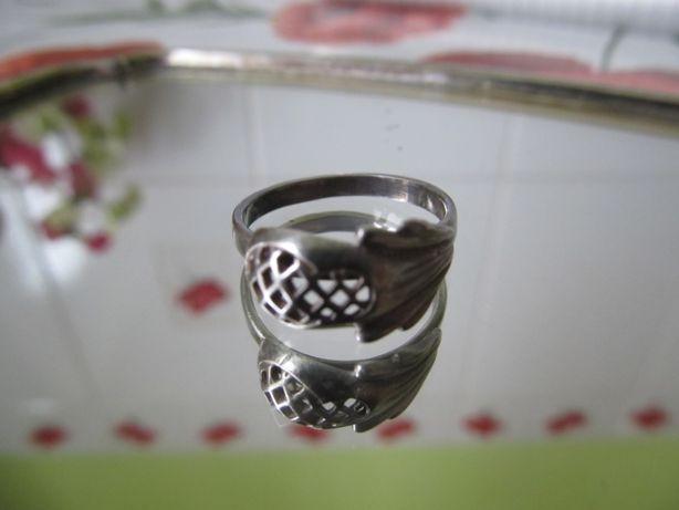 Кольцо,перстень СССР серебро