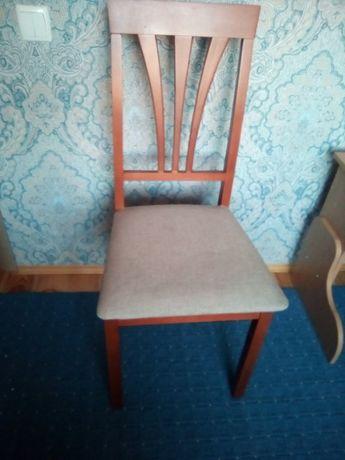 Качественные 2 деревянных стула!