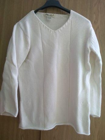 Biała bluzeczka/sweterek