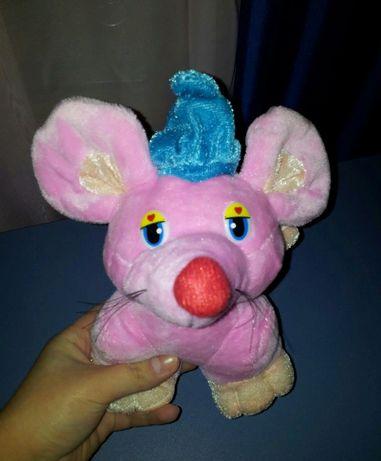 Мышь / Крыса, розовая с синей шапочкой