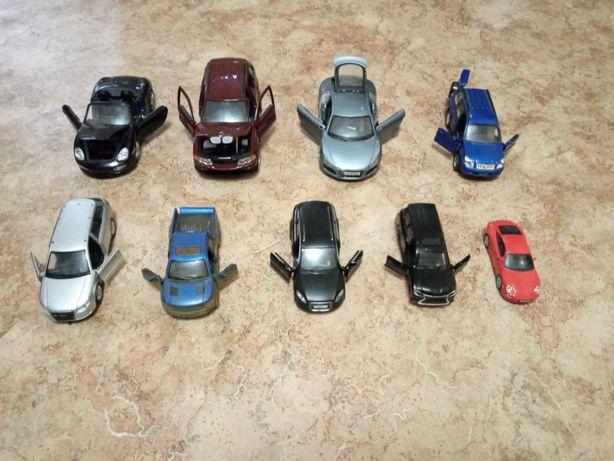 Машинки железные + подарок