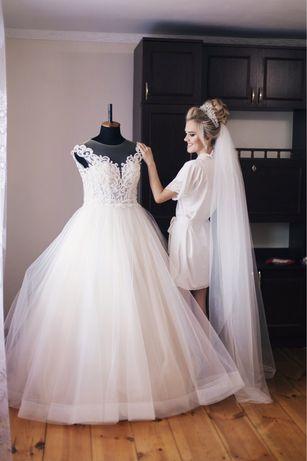Весільна сукня за низькою ціною