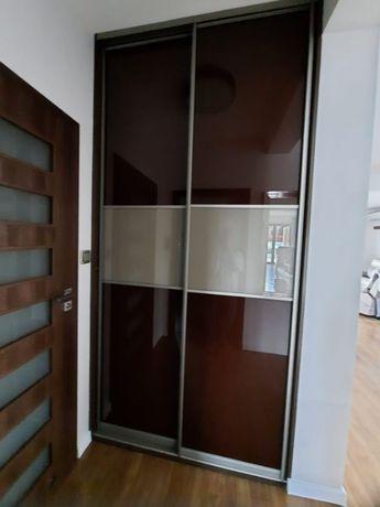 Zabudowa Szafa z drzwiami suwanymi INDECO