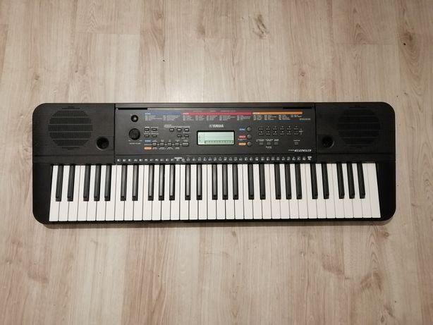 Keyboard Yamaha PSR E263