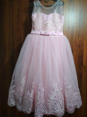 Продається випускне плаття для дівчинки 6-7 років