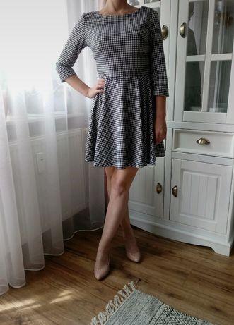 Sukienka rozkloszowna w pepitkę Vubu S