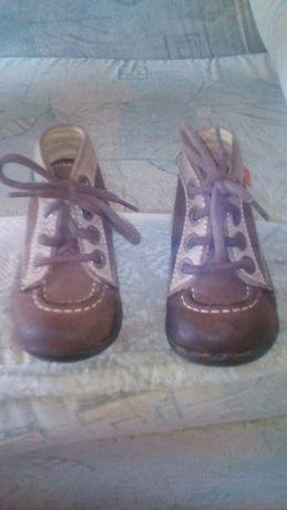 Детские ботиночки KicKers,кожа