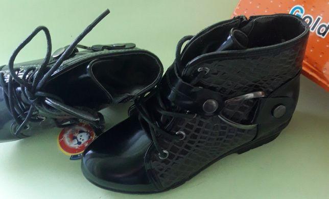 Осенние ботинки (сапожки)для девочек32-37рДемисезонные.Осень.