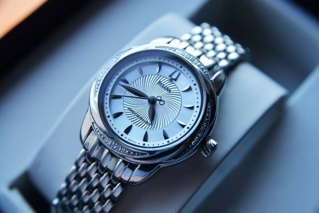 Бриллианты! Женские часы с бриллиантами Bulova Precisionist