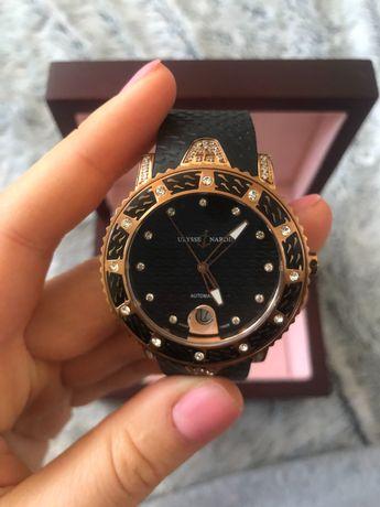 Женские часы Ulysse Nardin