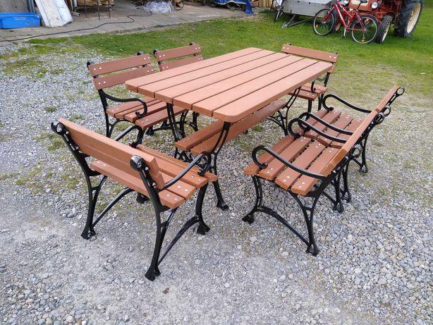 Zestaw mebli ogrodowych na aluminiowych nogach.