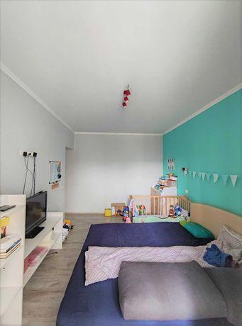 2-кімн. в зданій та заселеній новобудові, з ремонтом та меблями.