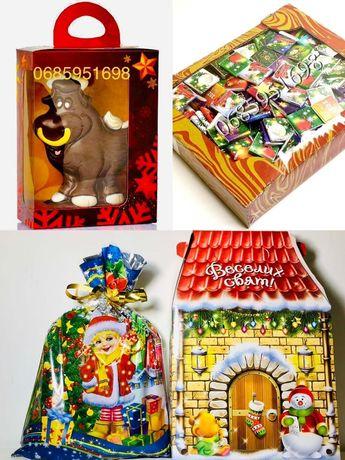 Новогодние подарки Ромовая баба торт выпечка Драже Конфеты Монпасье тд