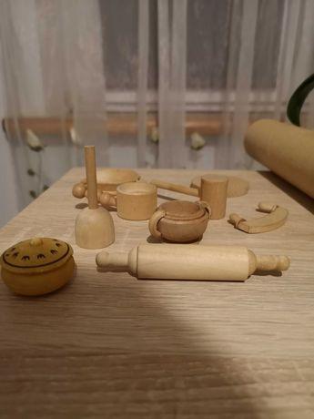 Sprzedam zabawkowe drewniane garnki dla lalek barbie