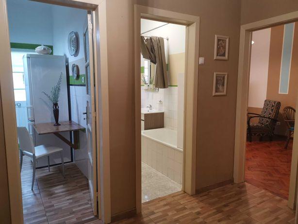 Apartamento T2 R/C com quintal, no Pinhal Novo