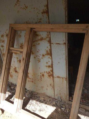 Продам новые деревянные добротные оконные рамы 4 шт +