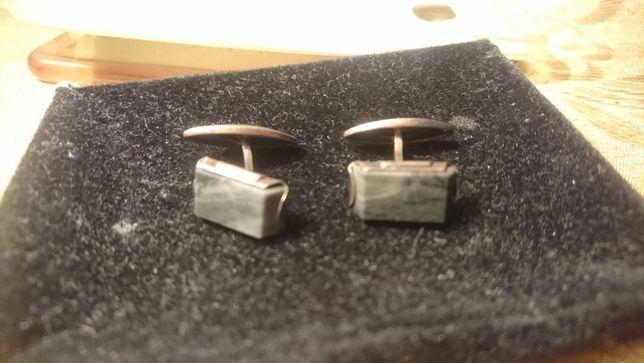 запонки серебряные с натуральным камнем