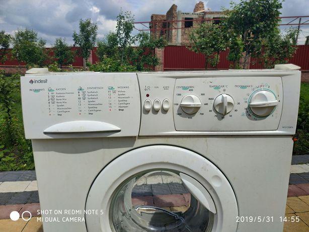 Запчастини до пральної машини indesit