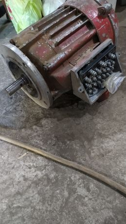 Четырех скоростной электродвигатель 380в.