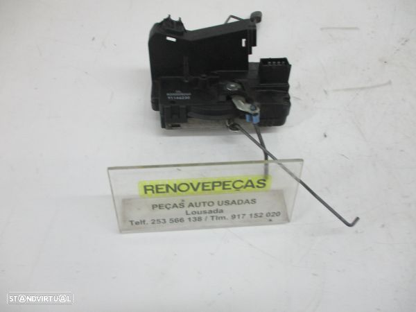 Fecho Da Porta Frente Esq Opel Vivaro A Caixa (X83)