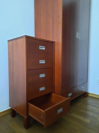 Drewniane meble do sypialni - łóżko 160x200, komoda z szufladami i s