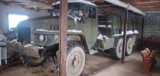 Продам вантажівку урал 375д