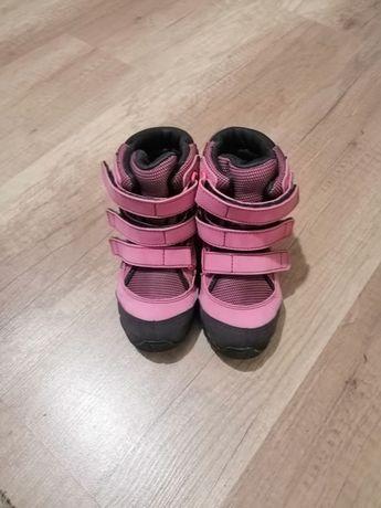 Adidas 26 розмір на дівчинку