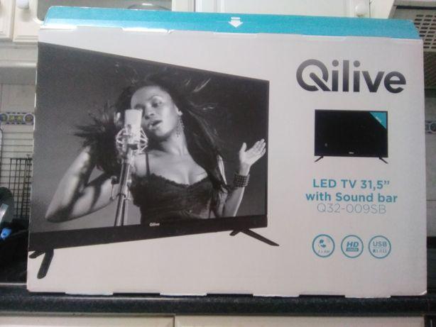 """LED TV 31,5"""" praticamente nova."""