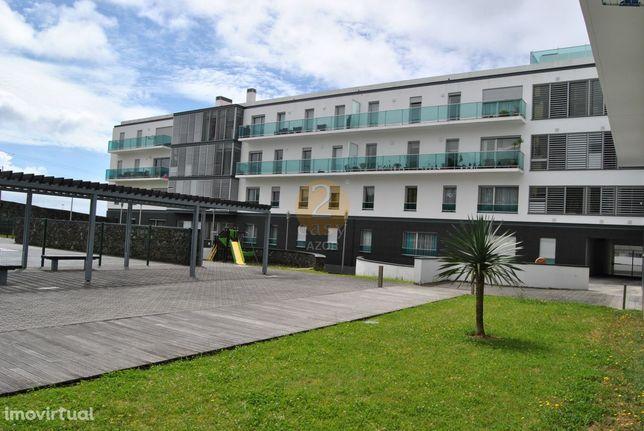 Apartamento T3 Venda em Ponta Delgada (São Sebastião),Ponta Delgada