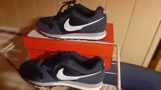 Buty sportowe meskie  Nike
