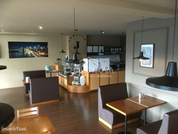 MV - Café e Restaurante totalmente mobilado e equipado, em Valadares