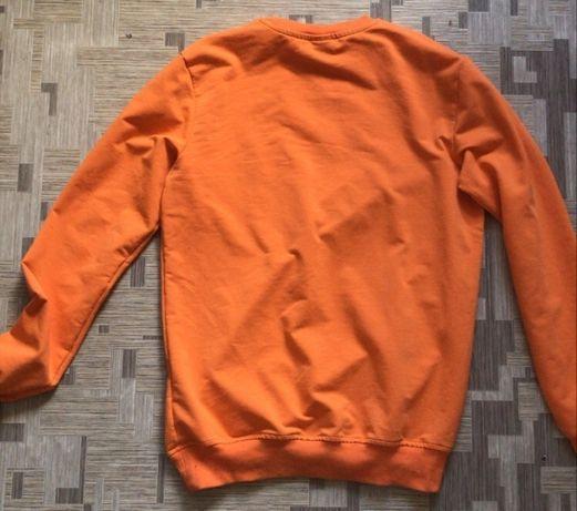 Оранжевая кофта от Club Ju