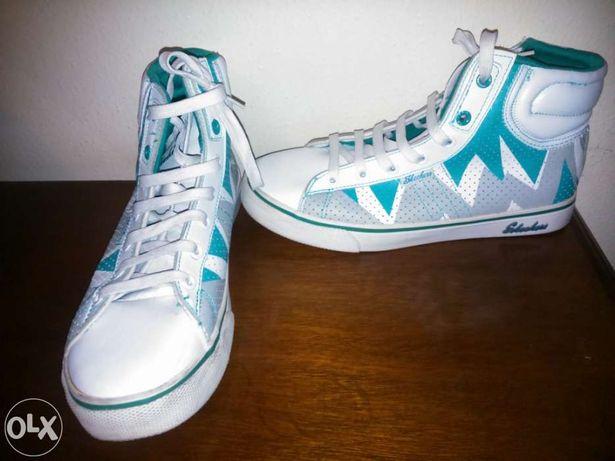 Sapatilhas da Skechers novas!
