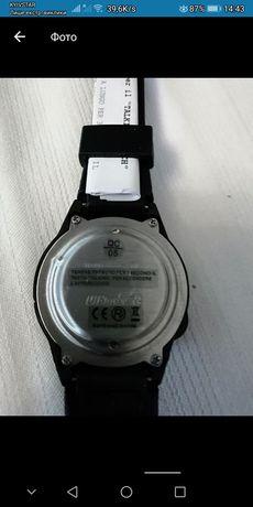 Годинник електронний на руку,говорить годину