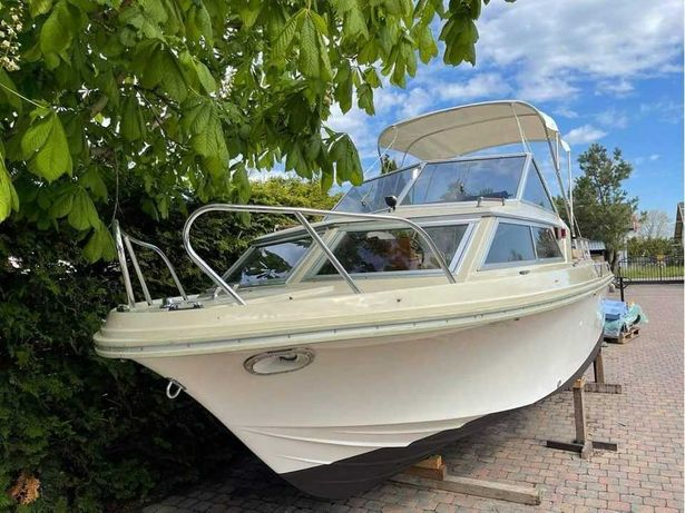 Jacht motorowy Windy 22